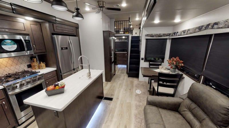 2020 Cedar Creek Silverback 35LFT interior