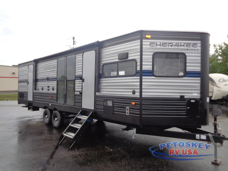 2020 Cherokee 274VFK Front Kitchen