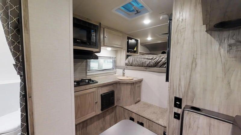 2020 Palomino HS750 interior
